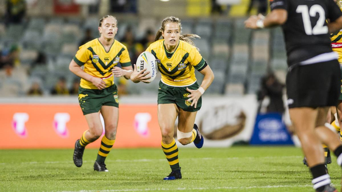 Kelly and Makinson win Women's and Men's Golden Boots