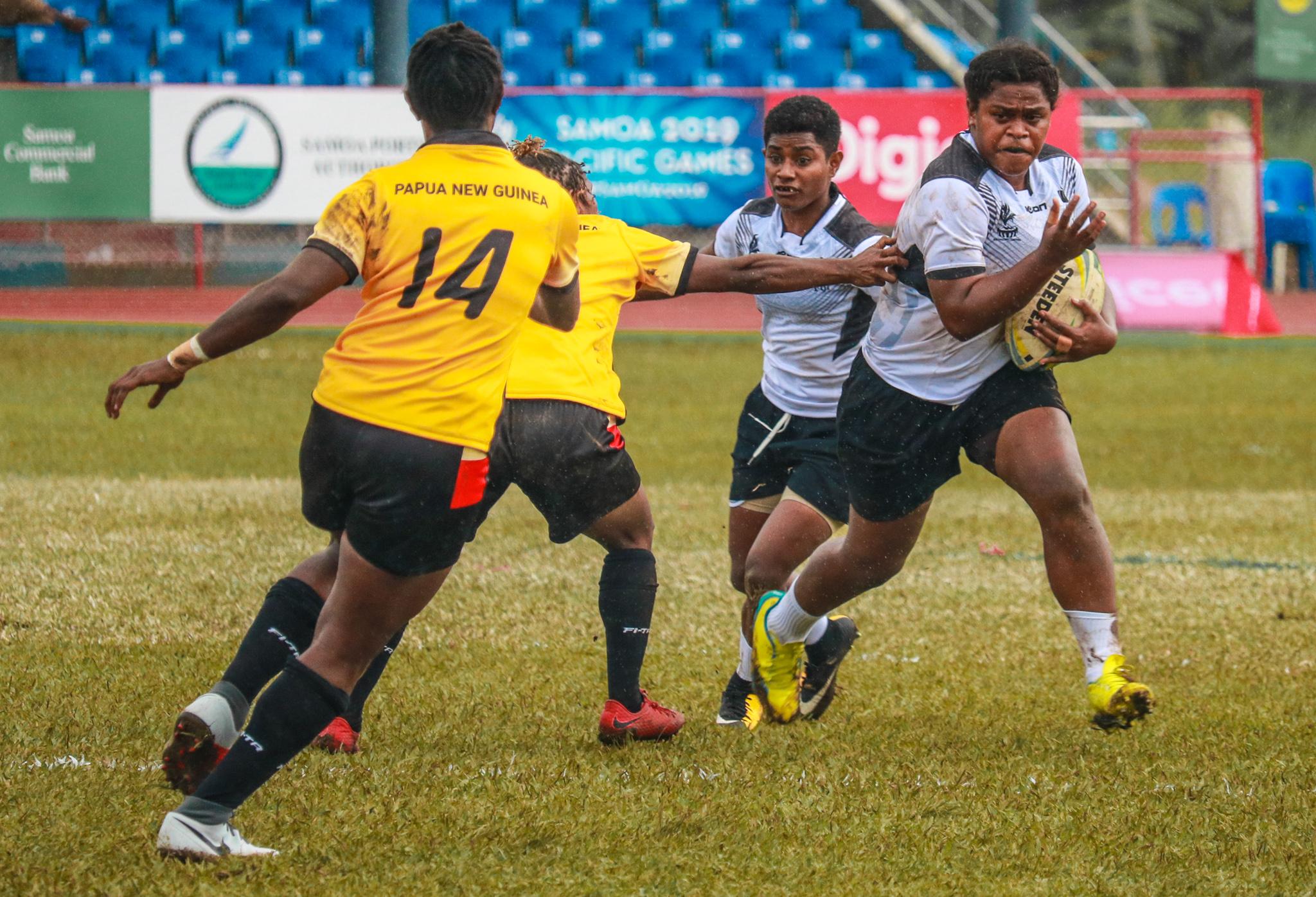 Fiji and Cook Islands impress in Women's Nines
