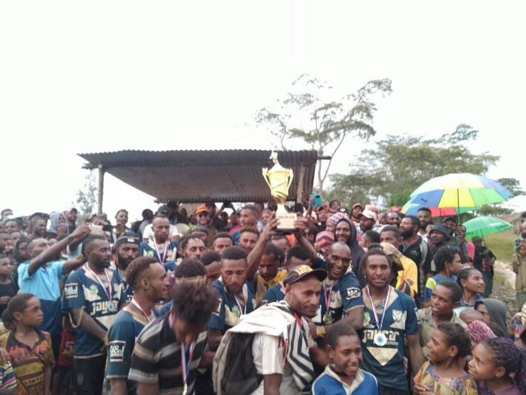 Gateway Bulldogs win Walea Cup