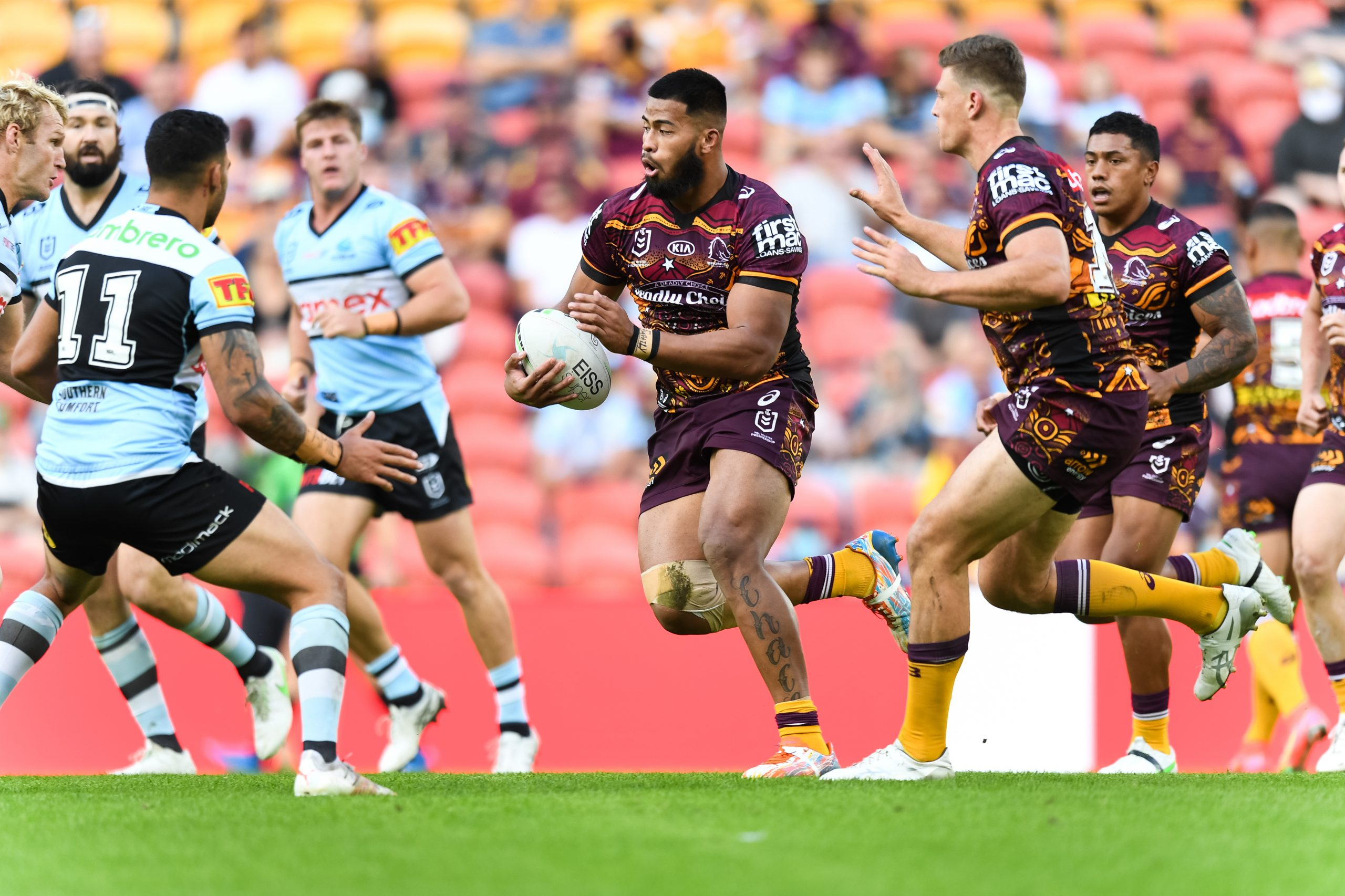 Payne helps Broncos to upset against Sharks