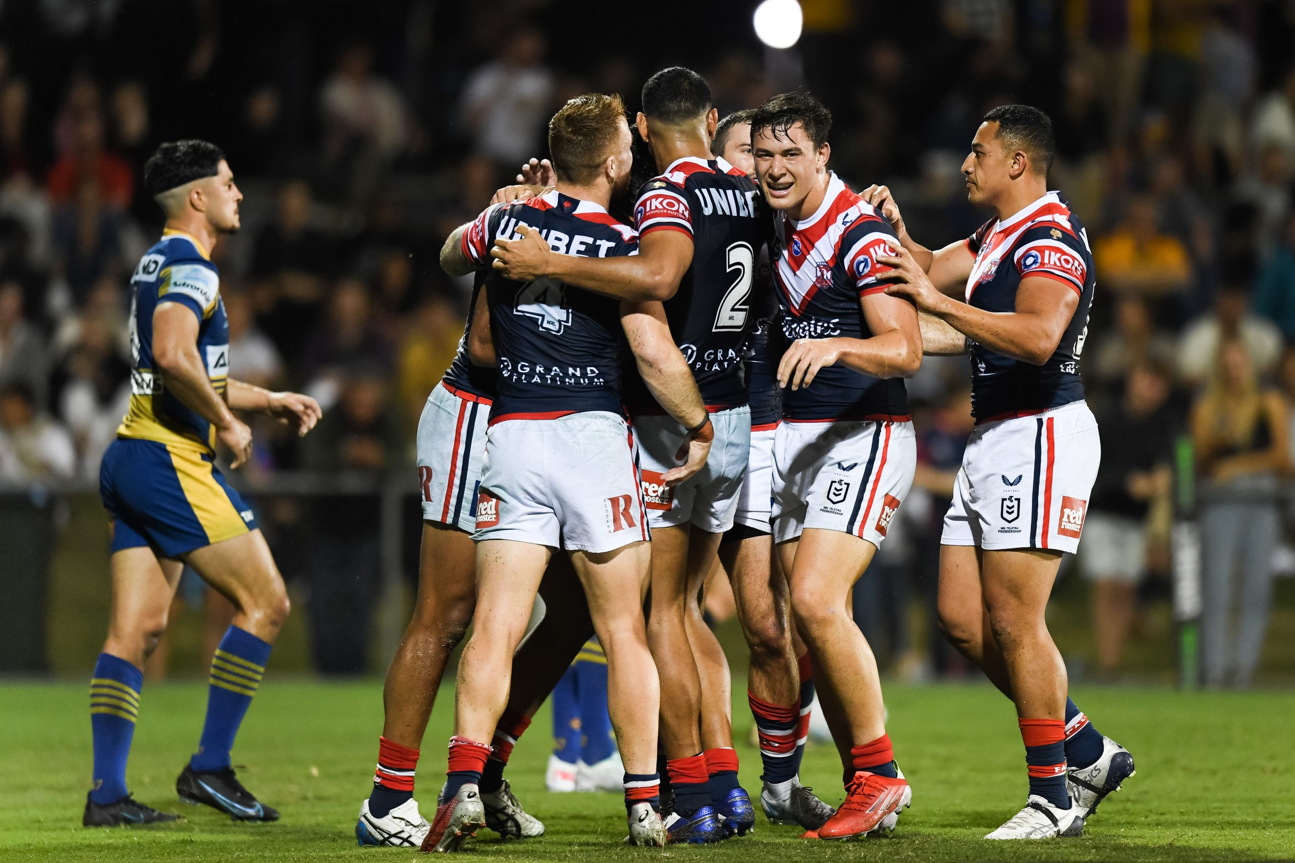 Walker leads from the front to help Roosters to convincing win over Eels