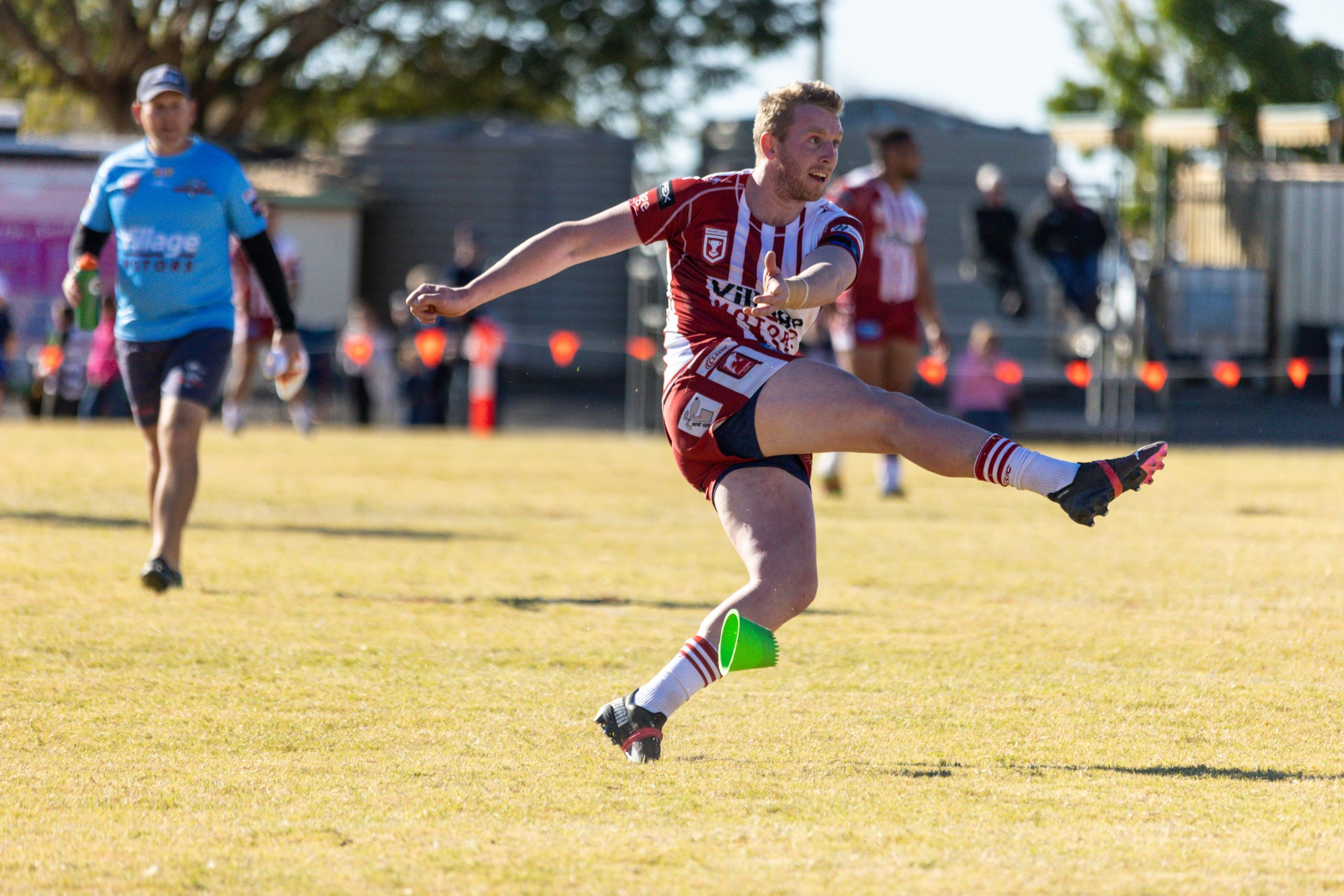 Redcliffe withstand Capras fightback