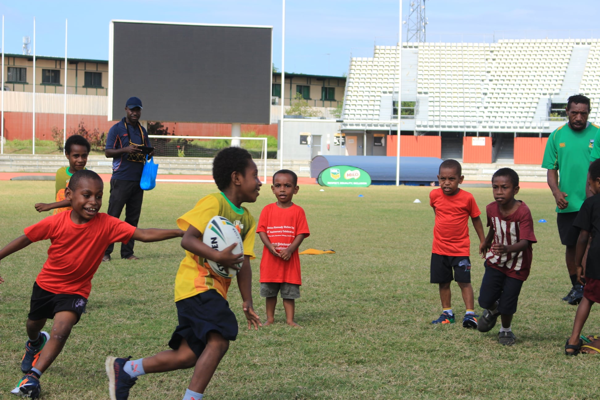 NRL in PNG launch Mini & Mod programs in Lae and Port Moresby