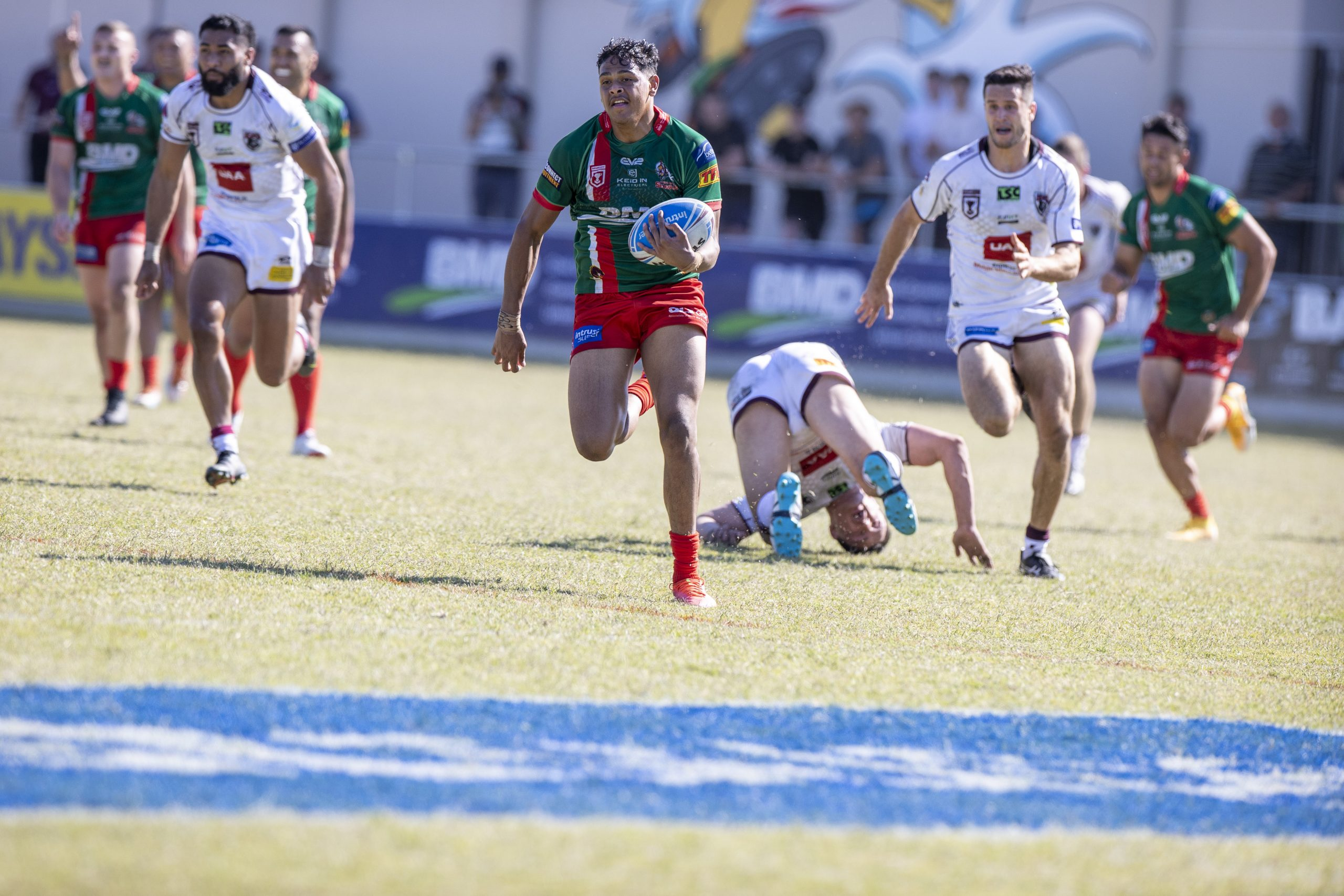 Wynnum Manly Seagulls overcome the Burleigh Bears to progress in finals